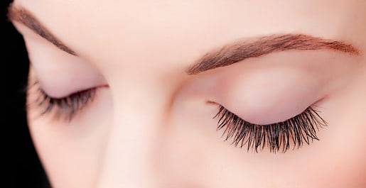 I Tried LashDip, A Semi-Permanent Lash Booster!