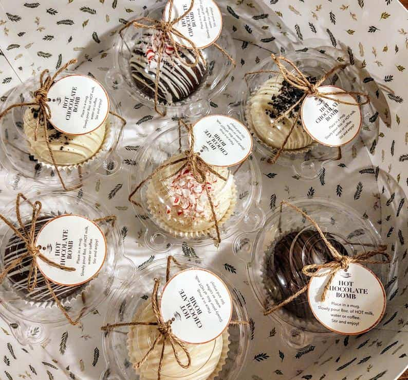 Hot Cocoa Bombs  - Special Christmas Gift Ideas for Food Lovers 2020